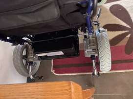 Electric 18 inch wheelchair