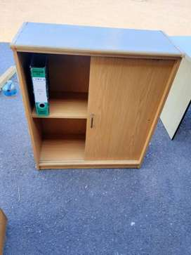 Oak 1 drawer Cabinet
