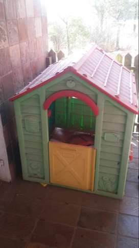 Kiddies play house for sale in Pretoria East