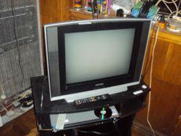 Продам рабочий цветной телевизор Самсунг 54 см диагональ.