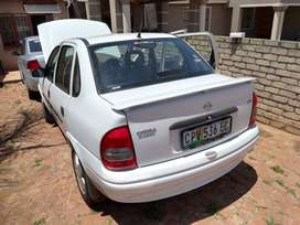Opel corsa 1.4i 2000 manual excellent condition