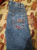 продам джинсы на мальчика на флисе