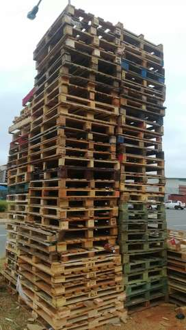 Wooden pallets @ R55