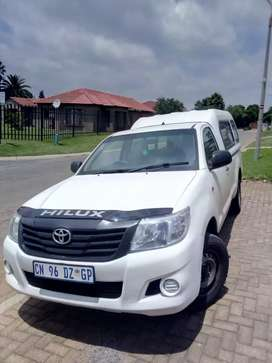 TOYOTA HILUX 2013 available for sell R125000