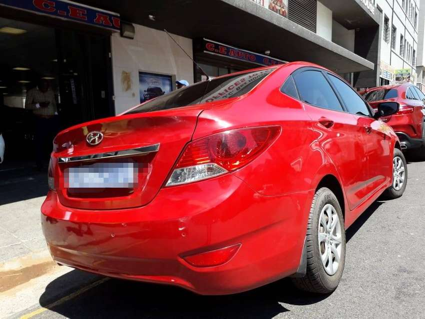 Hyundai Accent 1.6 sedan 0