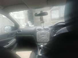 Ford focus for sale by owner 2010 model black in colour