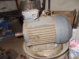электродвигатель АИР112