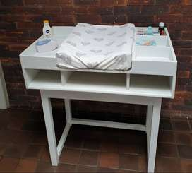 Wooden baby Compactum / changing Station