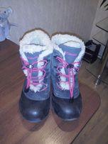 Продам детские зимние ботинки Columbia