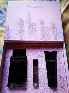 narciso rodriguez for her 100ml + mini spray n lotion
