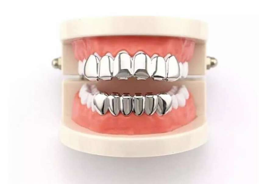 Removable Tooth Slugz 0