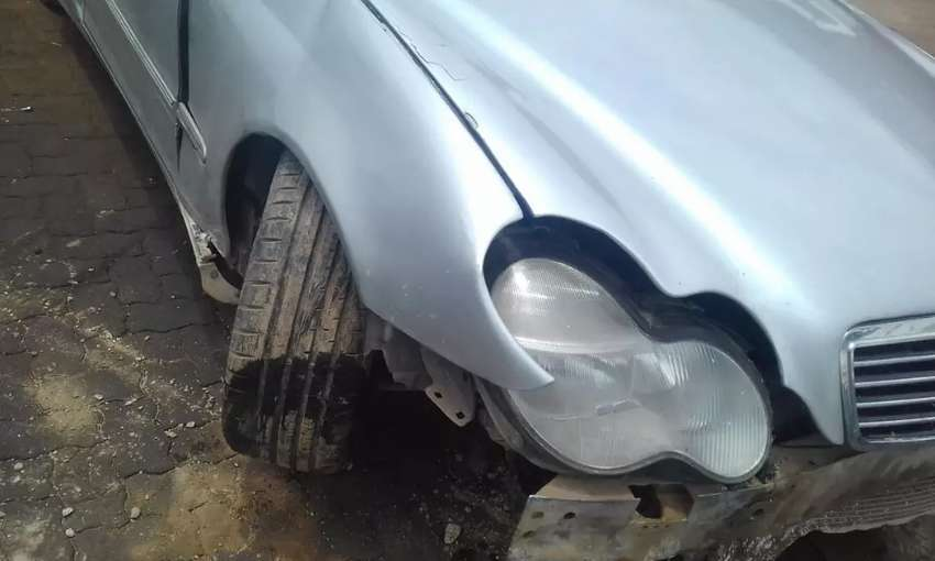 C320 w203 for stripping 0