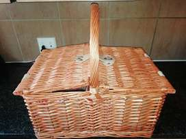 Beautiful fully equipped picnic basket