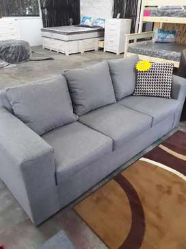 3 seater loose cushion couch