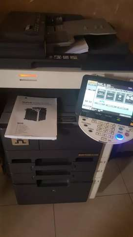 B423 konica Minolta machine