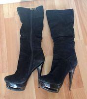 Продам женские замшевые демисезонные сапоги Glossi на каблуке 36 р.