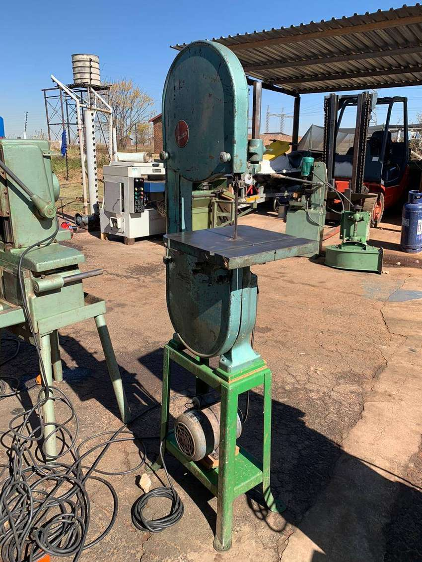 TAUCO BANDSAW