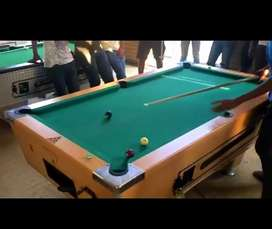 "United King Pool Table ""Coin Operated"