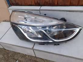 RENAULT CLIO  4, HEADLIGHT.
