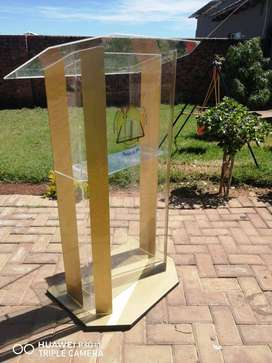 Golden High End Podium/ Pulpit