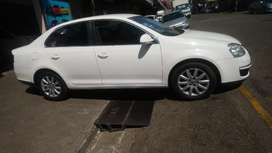 Vw Jetta5 at low price