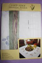 Фирменная скатерть-вышивка, укомплектованная нитками, 80х80 (германия)