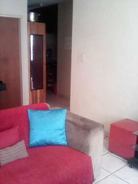Room available in a 2bedroom flat