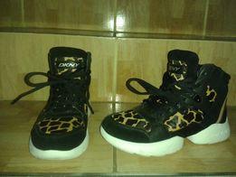 DKNY buty skora naturalna 37