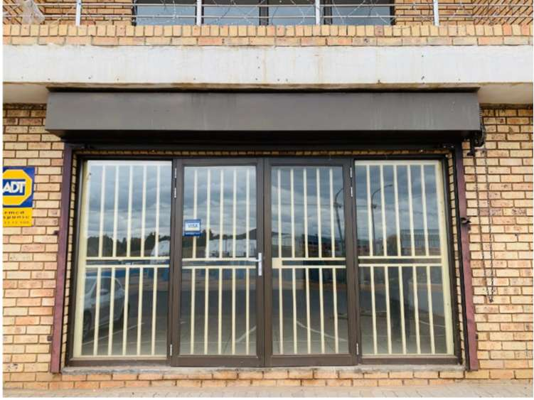 OFFICE/ SHOP TO LET