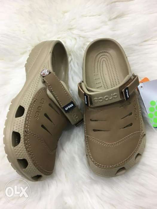 Crocs fashionable and comfortable rubber footwear in different variant 0