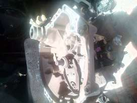 PEUGEOT 1007 1.6I (2 TRONIC) GEARBOX