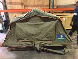 Howling Moon Roof Tent
