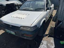 TOYOTA COROLLA 1.6i (16v) STRIPPING FOR SPARES
