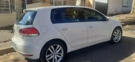 VOLKSWAGEN GOLF 6 TSI WITH SUN ROOF EXCELLENT CONDITION