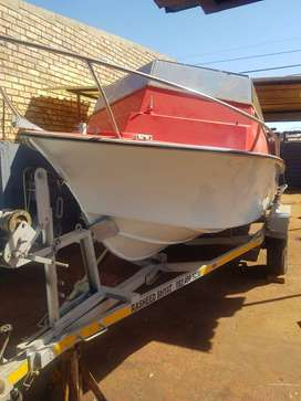 Boat for sale!! R20 000 unfinished project..