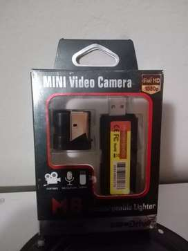 Multifunction camera/lighter