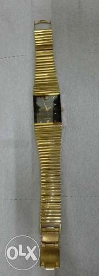 Golden lady quartz watch from Adec 0
