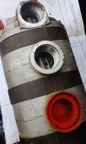 Насос масляный oil pump John Deere - CLAAS - NEW HOLLAND