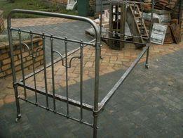 Stare łóżko metalowe retro , industrial