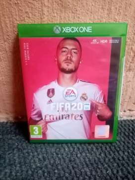 Fifa20 and Xbox one controller forsale