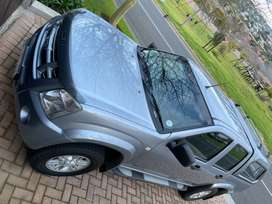Isuzu KB 72.   KB240.  With Canopy. Rubberised. Excellent condition.