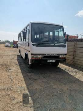 Bus 31 seater canter