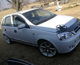 2004 Opel Corsa Gamma 1.4i with 17 inch mags full service history