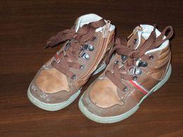 Детские ботинки р. 26