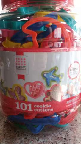 Sweet Creations 101 Cookie Cutters for kids for baking or play dough