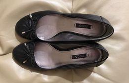 Туфли женские Ecco, чёрные кожаные лодочки 38 р-р, одевались 1 раз.