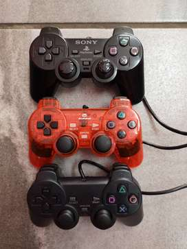 PlayStation 2 Controllers and Accessories