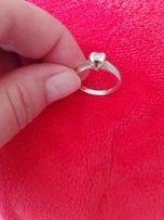Srebrny pierścionek rozm 15