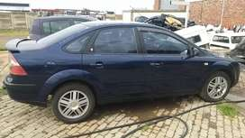 Ford Focus 2.0 TDCI Ghia manuel stripping for spares.