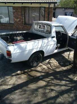 I'm selling my Nissan 1400 start n go bt only touch on body
